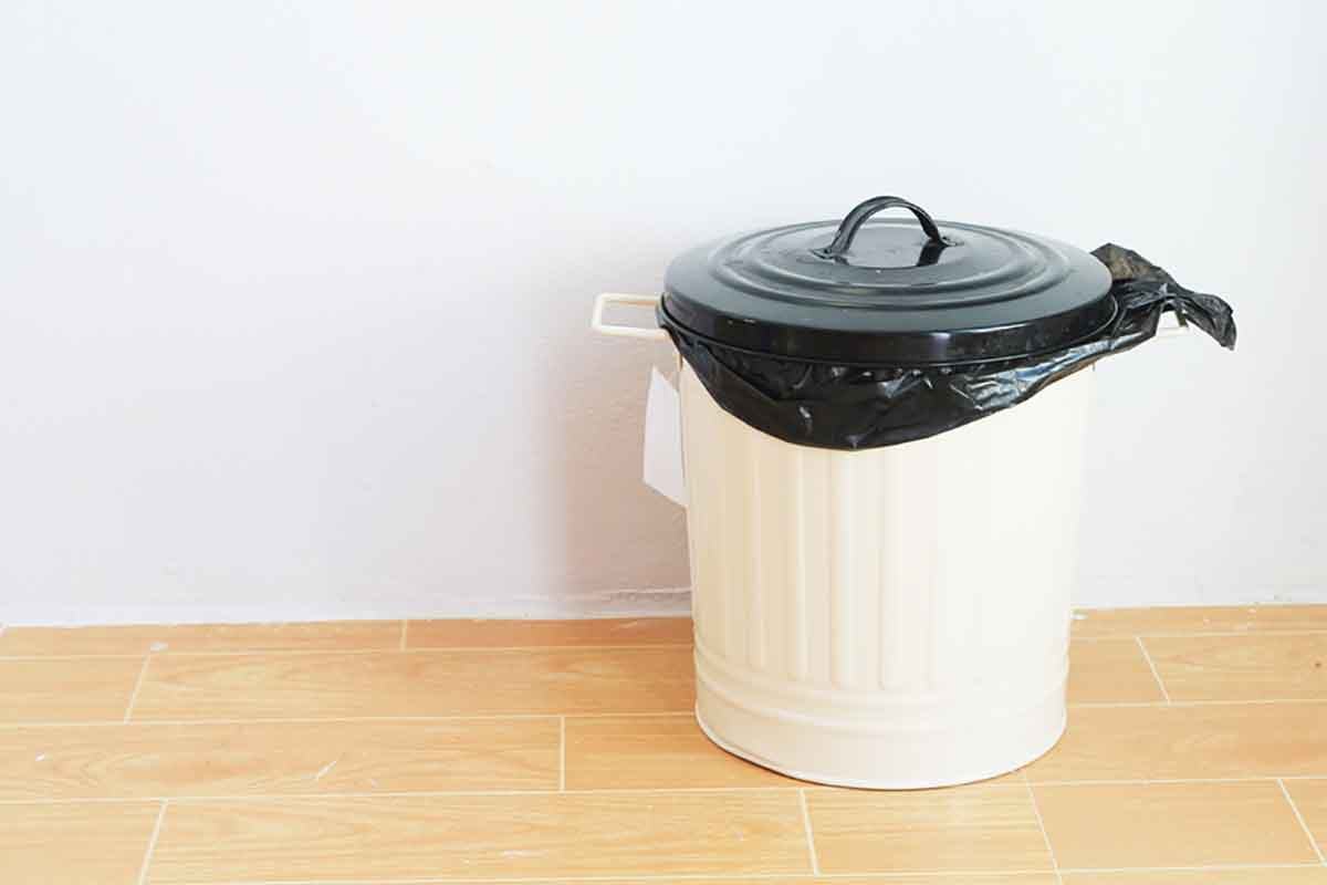 6 vastu tips for correct placement of dustbins