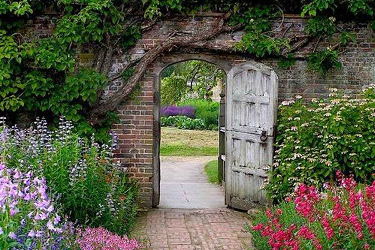 5 garden gates to upgrade your exterior space Homeonline