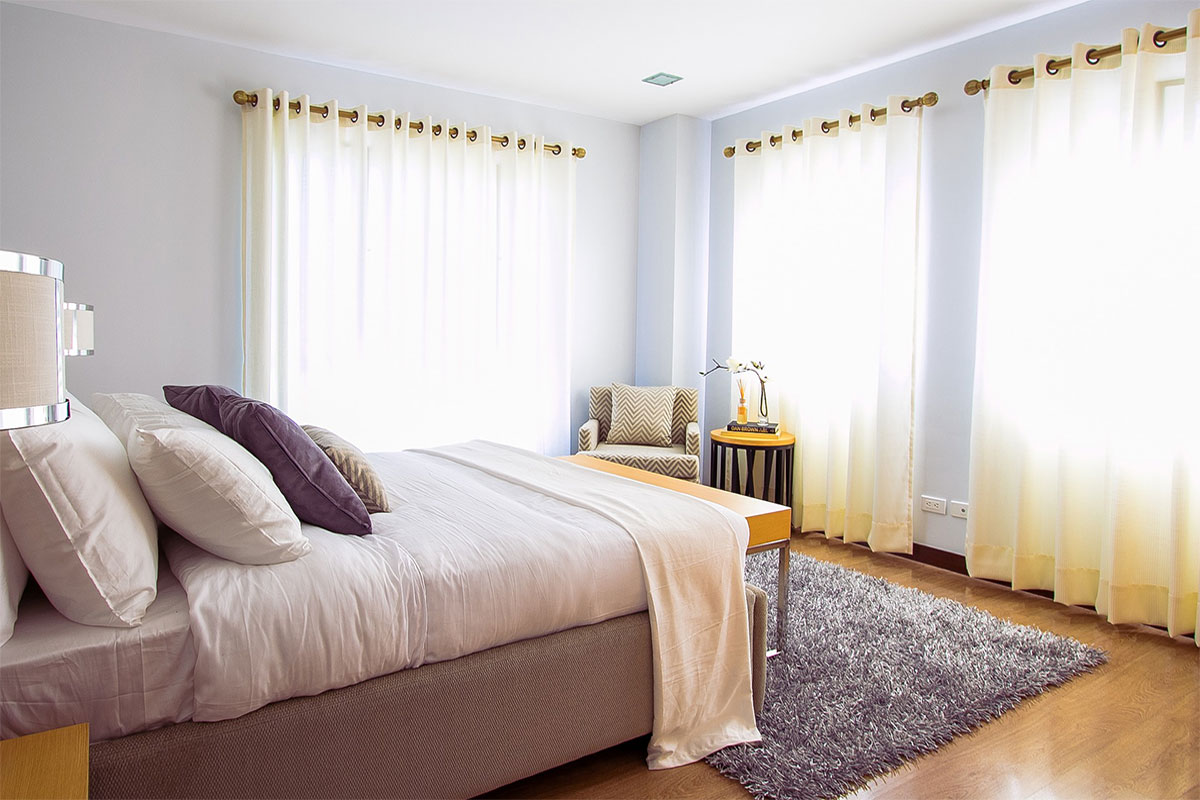How To Pick Curtains 6 tips to select right curtains for your bedroom | window treatment