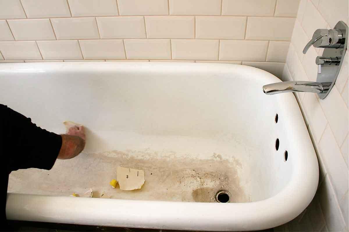 7 Tips For Bathtub And Bathroom Maintenance
