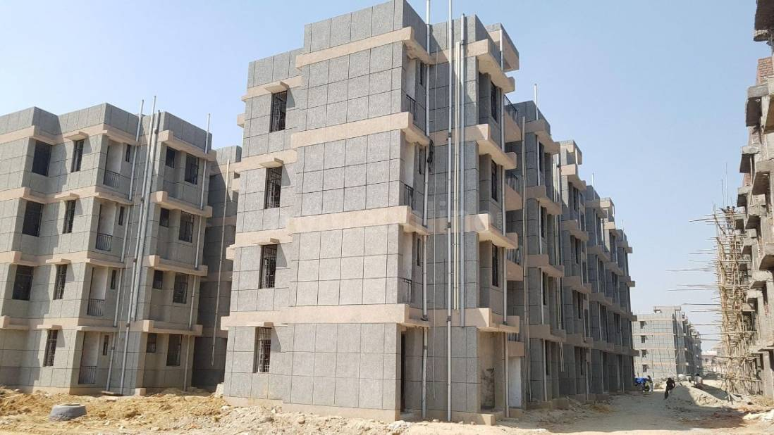 1 BHK Flat / Apartment for rent in Sector 10, Greater ...